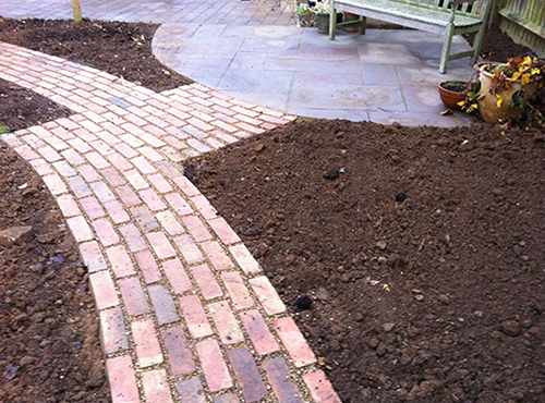 Garden design projects oxfordshire northamptonshire for Soil improvement